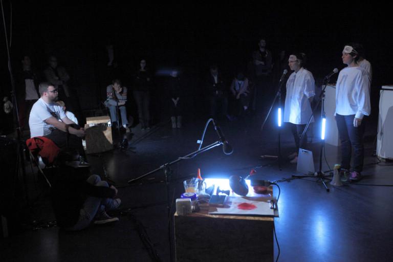 hanna lenz ein Gespenst / gift_lab Tokio